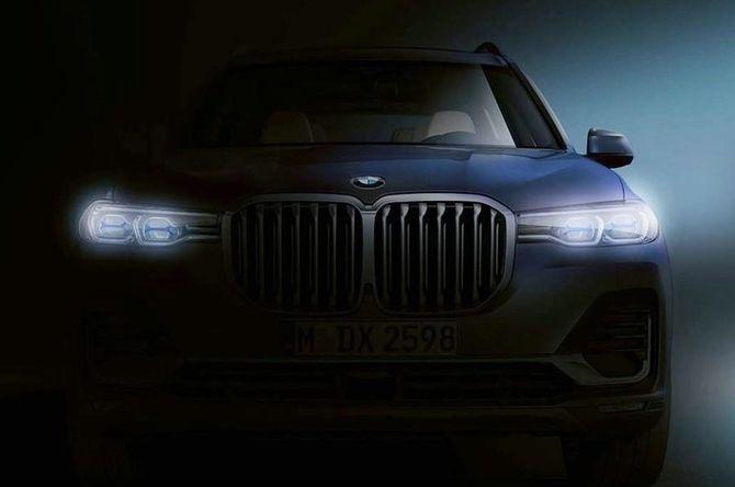 Первые фото нового кроссовера BMW X7