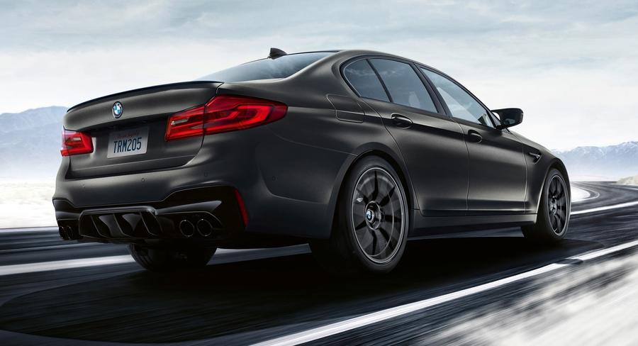 35-ЛЕТИЕ BMW M5