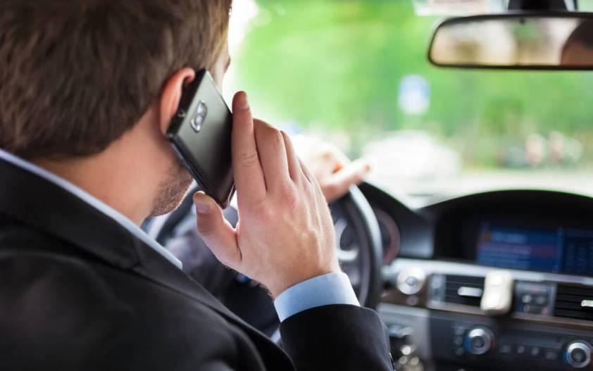 Мобильный за рулем: штрафы