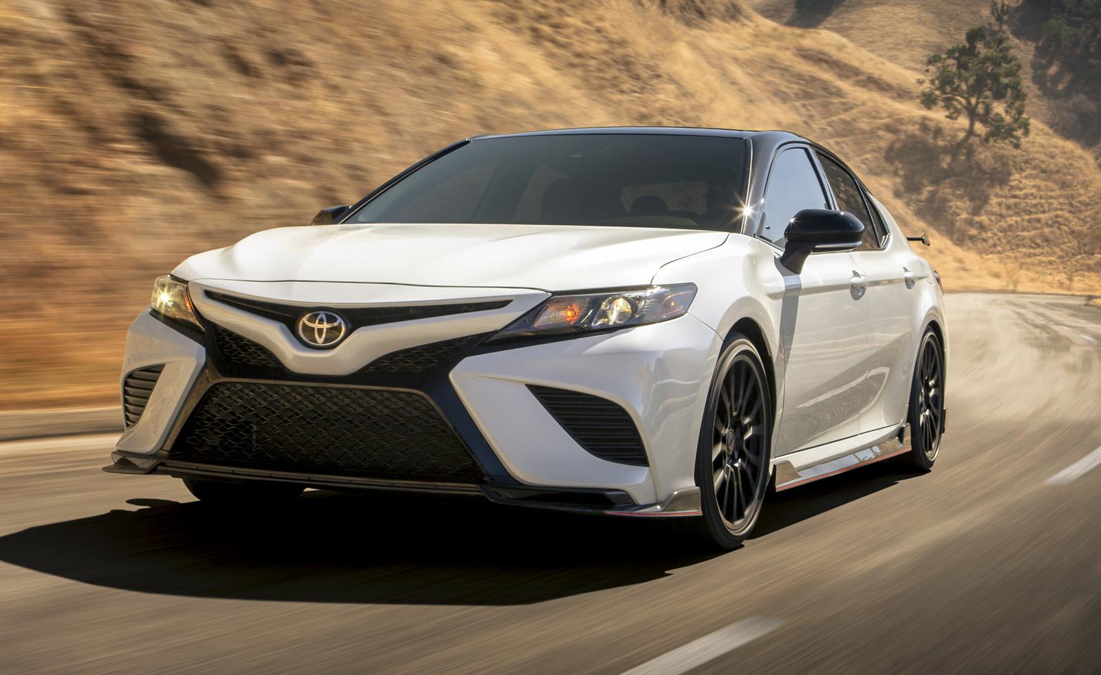 Toyota Camry 2020 получила тюнингованную версию