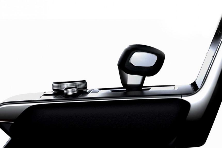 Mazda частично показала салон предстоящего серийного электрокара