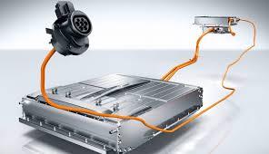 Емкость аккумуляторных батарей у гибридных и полностью электрических автомобилей